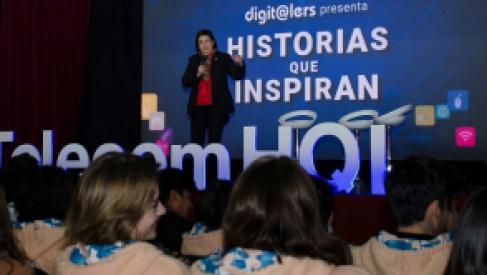 """Con una masiva participación estudiantil se desarrolló el encuentro """"Historias que inspiran"""""""
