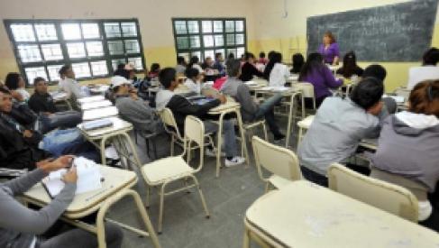¡Atención docentes!: Llamado para cubrir cargos en la modalidad Jóvenes y Adultos