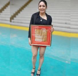 Oro para la campeona: La Pumita Carabajal distinguida en los Premios San Francisco de Asís