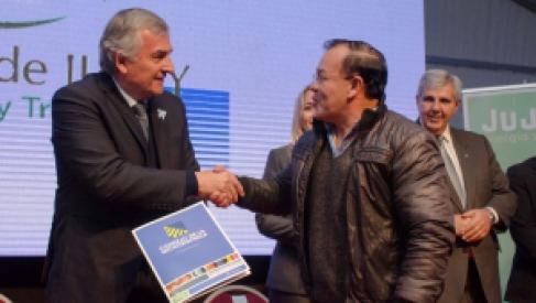 Parque Industrial de Perico: Entregaron dos créditos por 5 millones de pesos para emprendedores