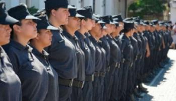Mujeres Policías piden que se las exima de los operativos en marchas por los derechos de las mujeres