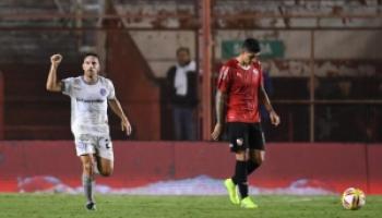 Partidazo: Argentinos le ganó a Independiente aunque la serie sigue abierta