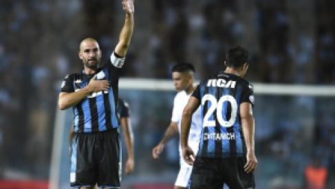 Racing hizo un partidazo: Goleó y recuperó la punta de la Superliga